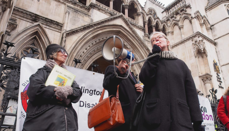 Campaigners outside the Royal Coruts of Justice