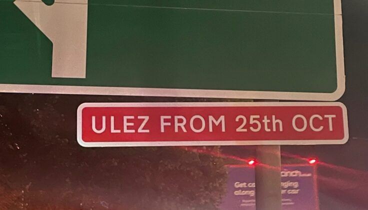 Road sign with the wording ULEZ from 25 October